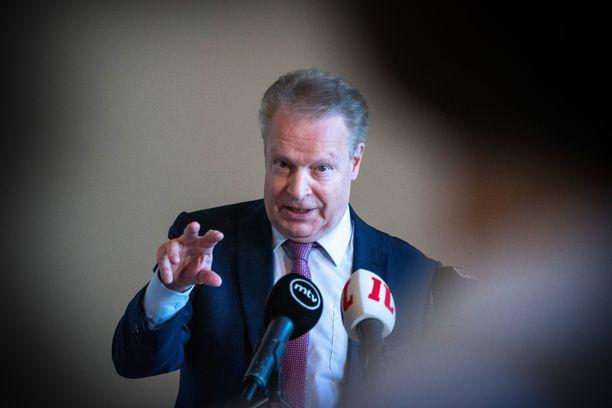Ilkka Kanerva on huolissaan kansainvälisen olympialiikkeen suunnasta.