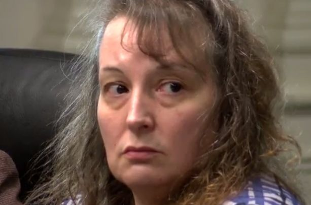 Casey Parsons sai elinkautisen tuomion murhasta.