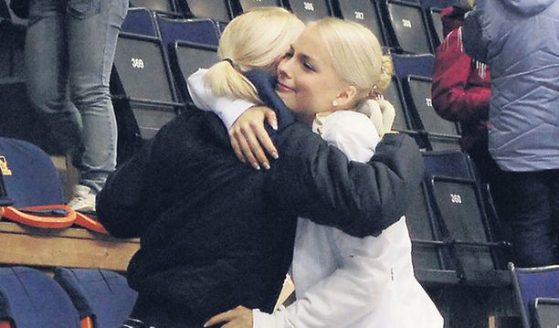 ITKU. Kiira Korpi kyynelehti vuolaasti suorituksensa jälkeen.