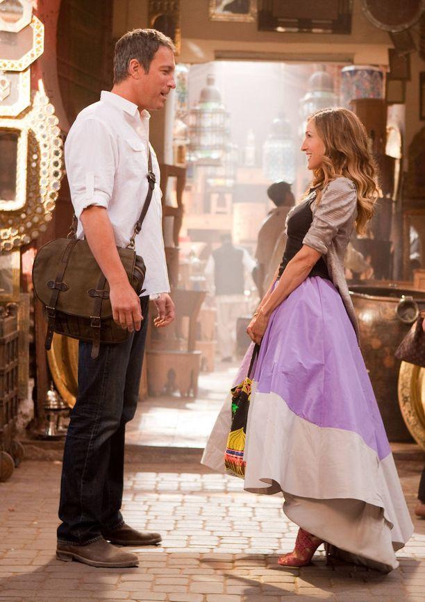 Carrie kohtasi kummituksensa tosielämässä elokuvassa Sex and the City 2. Digiaikana kummittelu on siirtynyt sosiaaliseen mediaan.