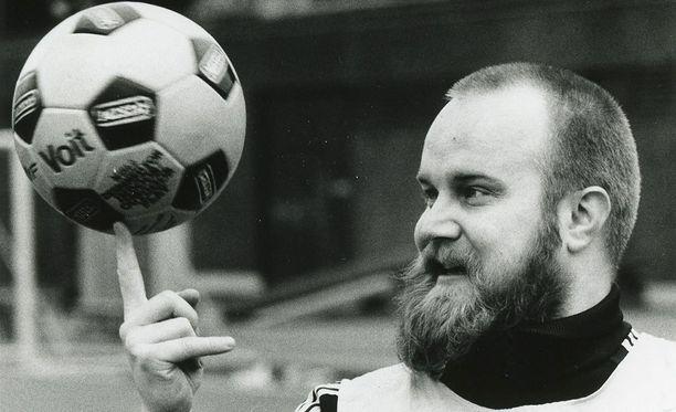 Leevi and the Leavingsin keulakuva Gösta Sundqvist menehtyi päivälleen 14 vuotta sitten.