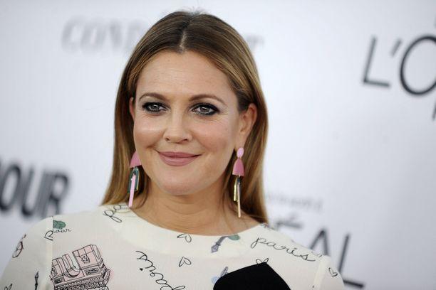Drew Barrymore tunnetaan jatkossa myös keskusteluohjelman juontajana.