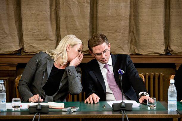 Valtiovarainministeri Jutta Urpilaisen ja pääministeri Jyrki Kataisen mielestä Suomen neuvottelutaktiikka onnistui.