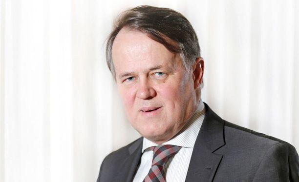 Pekka Soini hakee Jääkiekkoliiton puheenjohtajaksi.