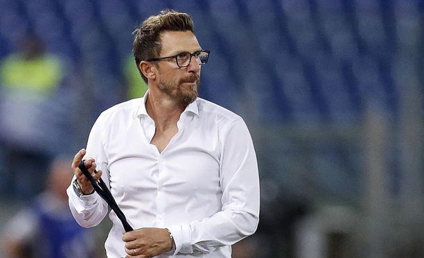 AS Roman päävalmentaja Eusebio Di Francesco lyttäsi joukkueen avauspuoliajan esityksen maanantaina.