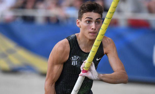 Armand Duplantis on yksi mitalisuosikeista maanantaina Berliinissä alkavissa yleisurheilun EM-kisoissa.