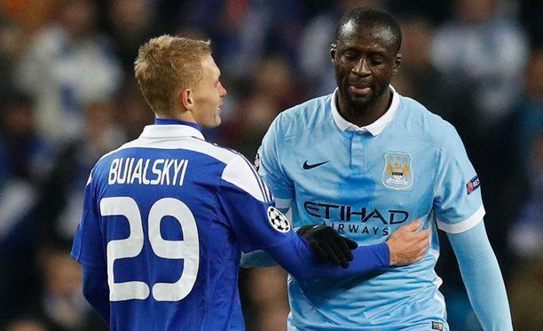 Vitaliy Buyalskiy ja Yaya Toure kohtasivat Etihad Stadiumilla.