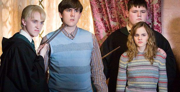 Tom Felton, Matthew Lewis ja Emma Watson Harry Potter -elokuvien aikaan.