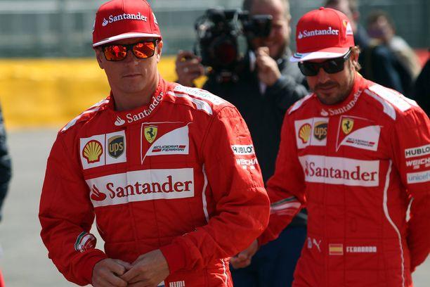 Kimi Räikkönen ja Fernando Alonso ajoivat tallikavereina Ferrarilla vuonna 2014. Toiseksi Ferrari-kuljettajaksi oli Räikkösen lisäksi tyrkyllä myös Nico Hülkenberg.