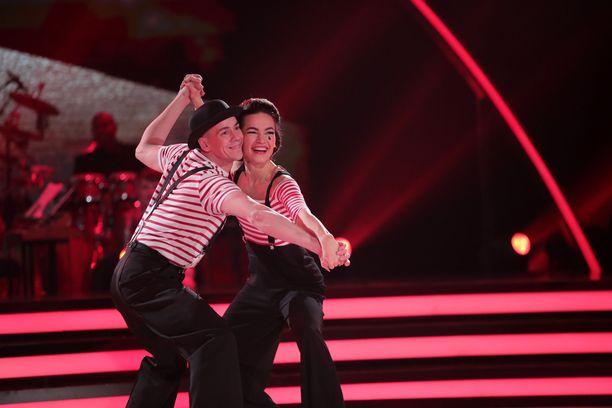 Tanssii tähtien kanssa -ohjelma tutustutti katsojat monenlaisiin eri tanssityyleihin.