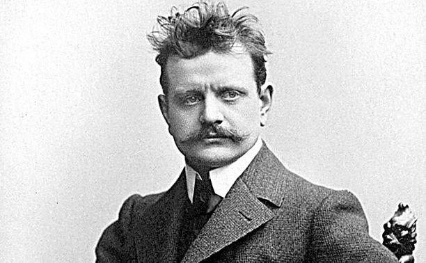 Jean Sibelius kuvattuna Finlandian säveltämisen aikoihin eli vuonna 1899–1900.