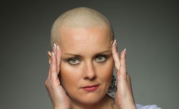 Seurantavaihe syöpähoitojen jälkeen kestää 5-10 vuotta. Se on monelle yllättävän kova paikka.