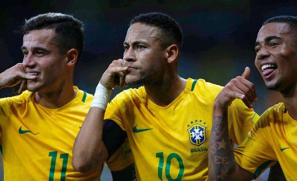 Philippe Coutinho, Neymar ja Gabriel Jesus esittelivät uuden maalituuletuksensa.