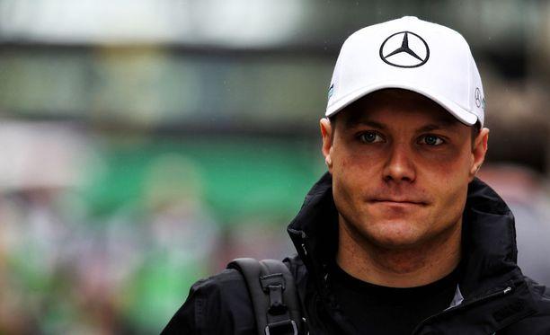 Valtteri Bottas olisi voinut painaa Sebastian Vettel ulos radalta Brasilian GP-lähdössä.