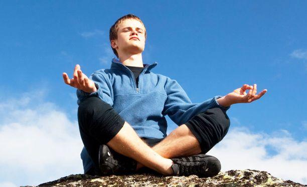 Tärkein keino verenpaineen hallintaan on normaalipainoisena pysytteleminen, tai liikakilojen laihduttaminen.