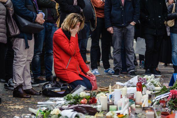 Pariisin mustan päivän iskut tapahtuivat viisi vuotta sitten. Ne muuttivat radikaalisti Euroopassa tapahtuvaa terrorismia.