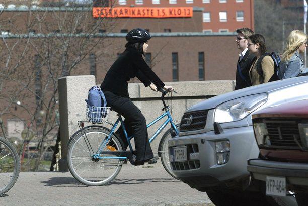 Tampereen pyöräilijät pääsevät ensimmäisenä kokeilemaan vihreä aalto -sovellusta.