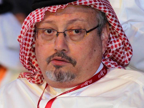 Jamal Khashoggi oli muuttanut Yhdysvaltoihin. Hänet murhattiin Saudi-Arabian konsulaatissa Istanbulissa.