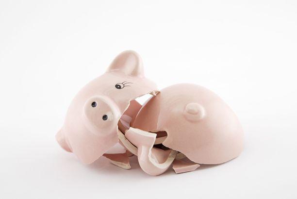 IL Rahan Vapaaksi velasta -juttusarjan tavoite on lisätä ymmärrystä suomalaisten velkaongelmien syistä ja tarjota myös ratkaisuja niiden helpottamiseksi.