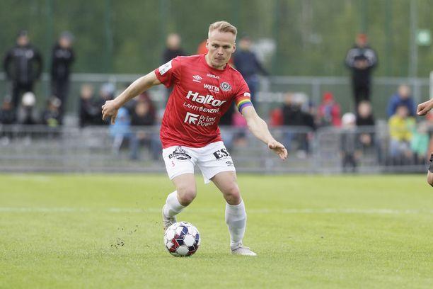 Mikko Hauhia tahkosi 185 ottelua peräkkäin täydet minuutit FC Lahden paidassa.
