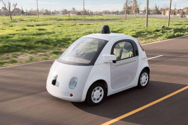 Googlen puolipallon muotoinen robottiauto on tullut tutuksi kuvissa maailmanlaajuisesti.