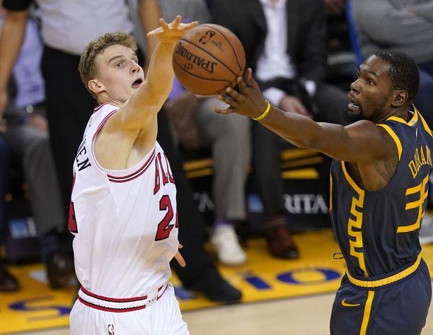 Lauri Markkasen Bullsista ei ollut minkäänlaista vastusta muun muassa Kevin Durantin tähdittämälle Golden Statelle.
