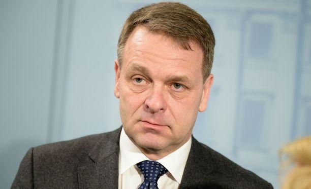 Helsingin pormestari Jan Vapaavuori kutsui kaupunkien johtajia kokoukseen, jossa käsiteltiin Juha Sipilän hallituksen suunnittelemaa maakuntauudistusta.