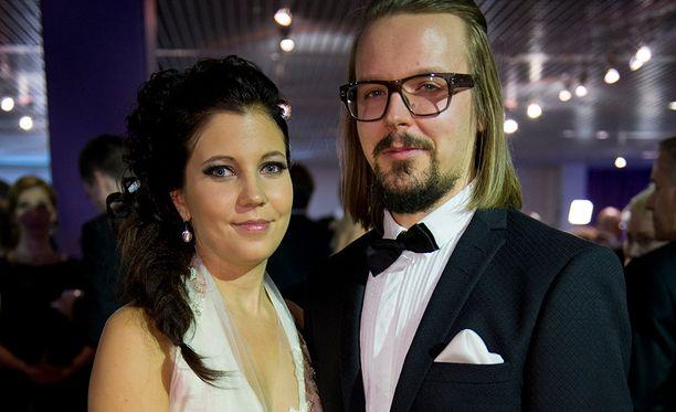 Teija Stormi ja Jukka Poika ovat nyt aviopari.