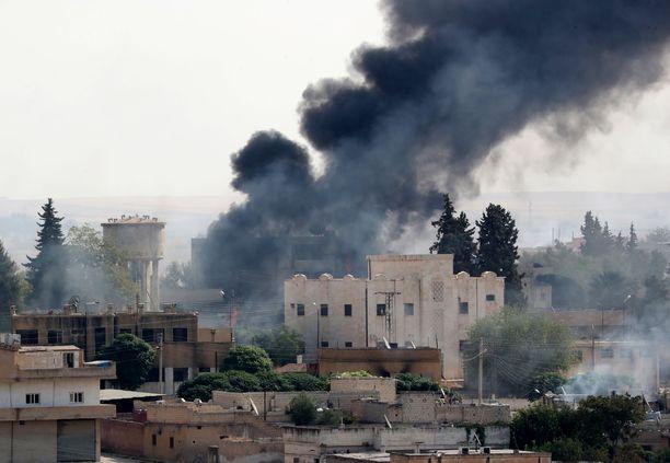 Turkin joukot iskivät sunnuntaina 13. lokakuuta Ras al-Einin kaupunkiin Syyrian puolella.