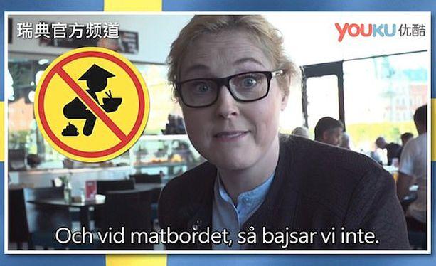 Ja ruokapöydässä meillä ei ole tapana kakata, kertoo Svenska Nyheterin toimittaja.