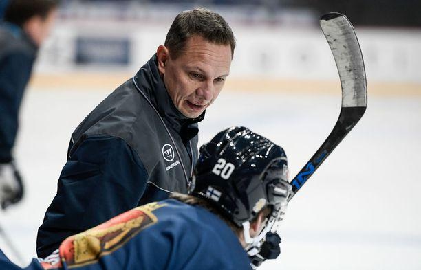 Jussi Tapola odottaa innolla Suomen osalta lauantaina alkavia Tanskan MM-kisoja.