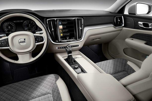 Yksi premiustason määrittely lähtee ohjaamon laatutasosta. Volvolla se on nyt kohdallaan.