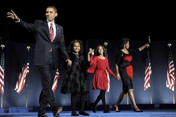 Obaman tyttäret ovat roolimalleja ja puoliso muoti-ikoni.