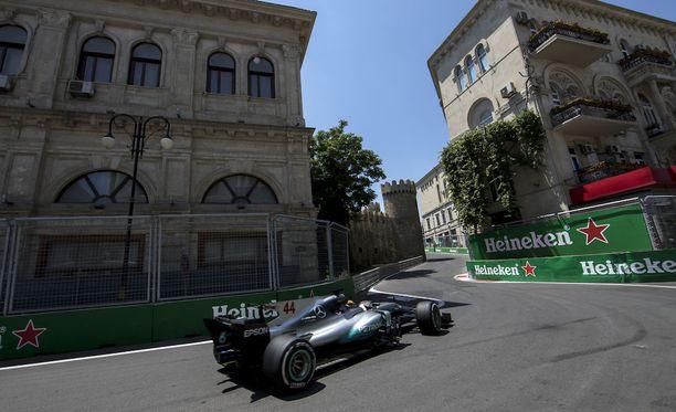 Tämä Bakun radan kasimutka on koitunut jo Sergio Pérezin ja Jolyon Palmerin kohtaloksi.