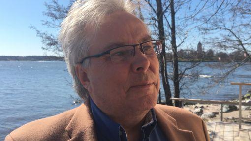 Saunaseuran johtokuntaan kuuluva Hannu Saintula piti uutta saunaa suorastaan häikäisevänä.