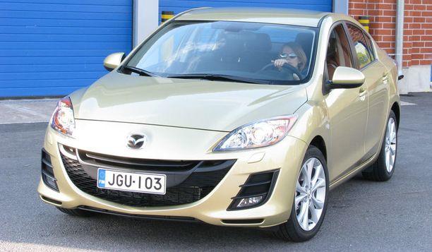 Luokka 50 000 - 100 000 kilometriä - paras Mazda3 (2009).