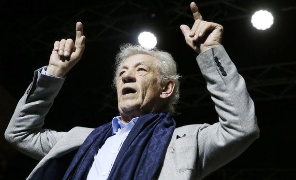 Ian McKellen kieltäytyi rahakkaasta keikasta.