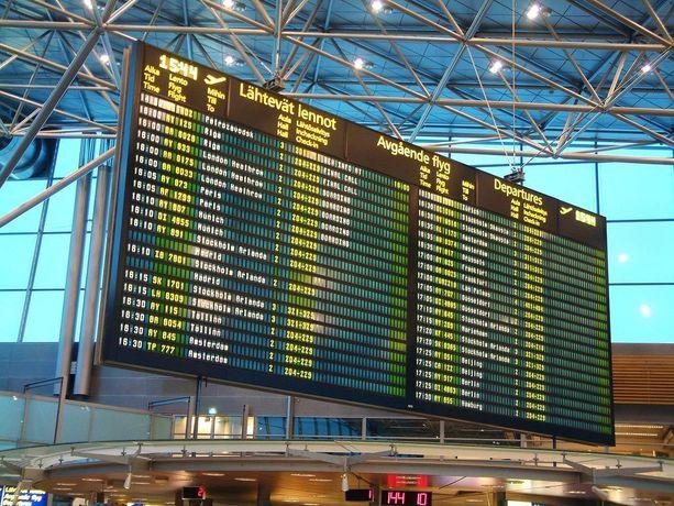 Lentotietojen perusteella Turku-Helsinki lennon myöhästyminen ei ole ainoa laatuaan.