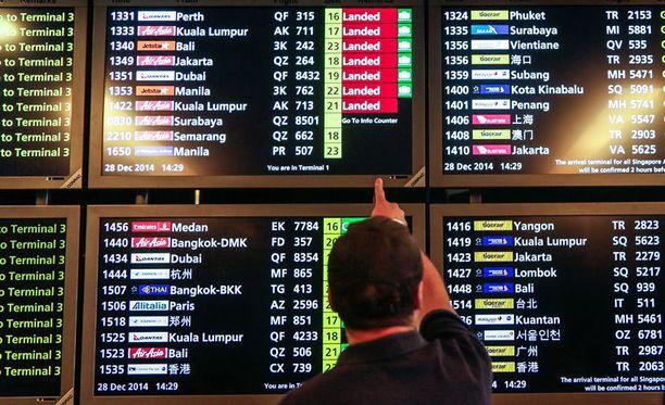 Lento Indonesian Surabayasta Singaporeen katosi aamulla.