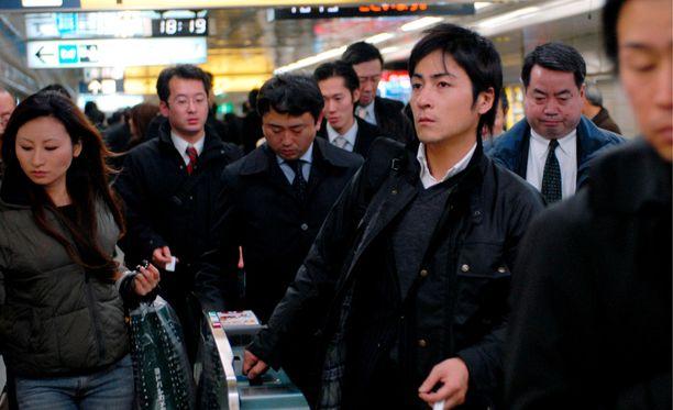 Japanissa työssä luistamisesta saa nopeasti rangaistuksen. (Kuvituskuva)