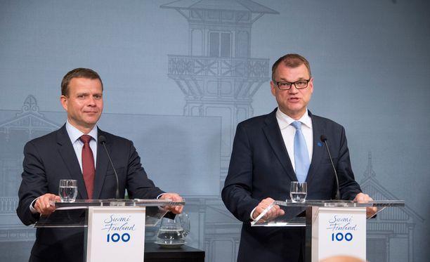 Pääministeri Juha Sipilä kertoi hallituksen hajoamisesta tiedotustilaisuudessa Kesärannassa.