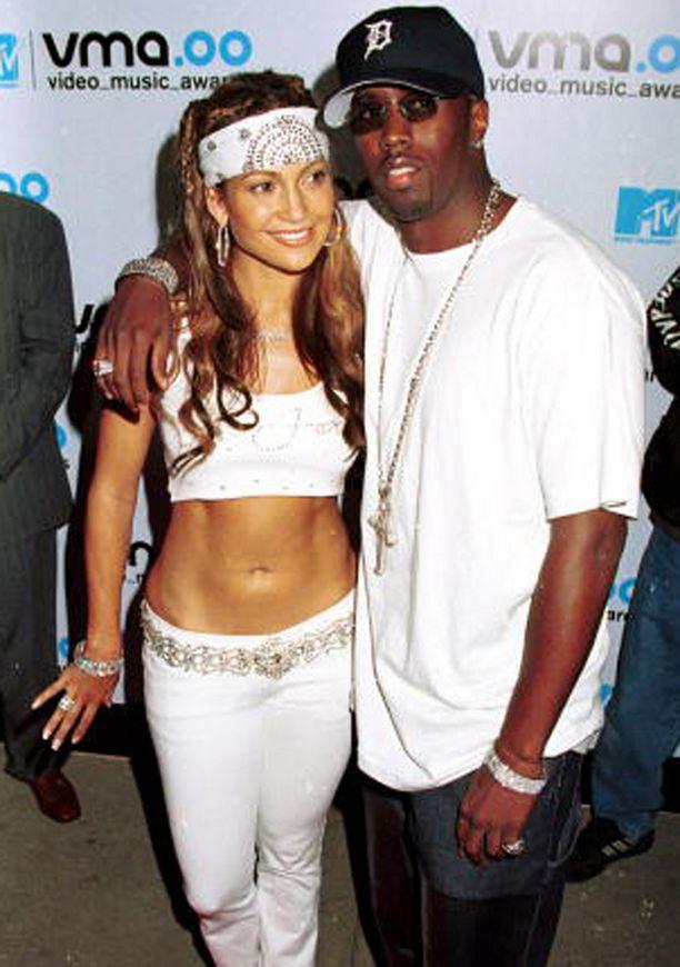 """Jennifer Lopez ja Sean """"Diddy"""" Combs käänsivät päitä vuonna 2000."""