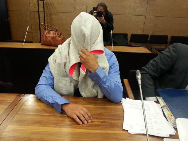 Pasi Rouhiainen puhui elämästään ja oireistaan avoimemmin hovioikeudessa kuin käräjäoikeudessa.