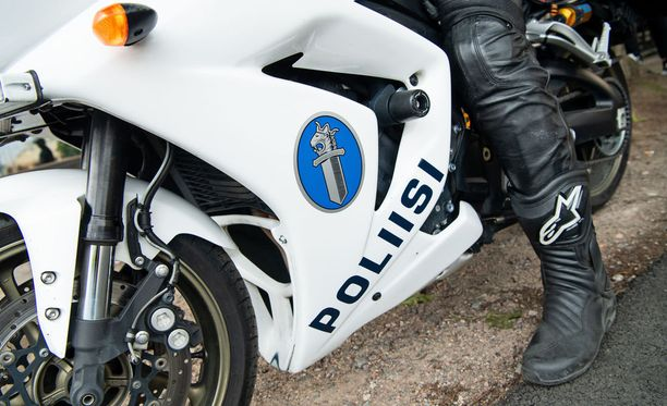 Itä-Uudenmaan poliisi tutkii Mäntsälän kolaria törkeänä liikenneturvallisuuden vaarantamisena ja kolmena vammantuottamuksena. Kuvituskuva.