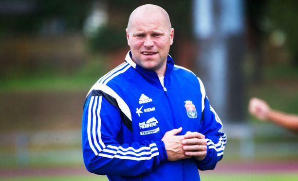 Jari Åhman nosti PS Kemin Veikkausliigaan.