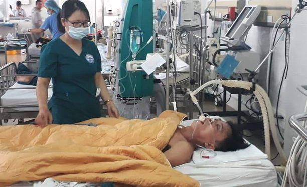 Nguyen Van Nhat tuotiin sairaalaan tiedottomassa tilassa.