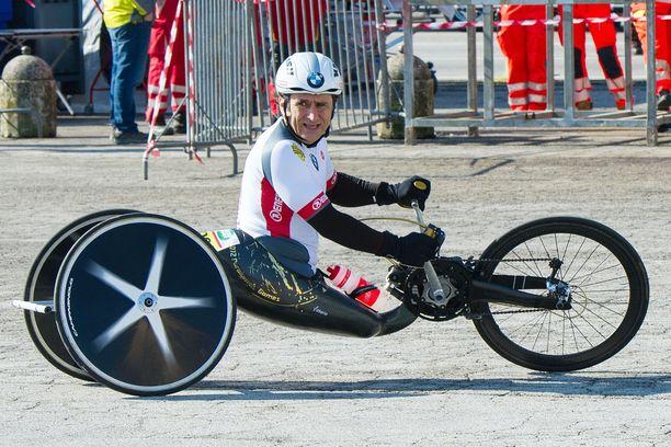 Alex Zanardi joutui onnettomuuteen.