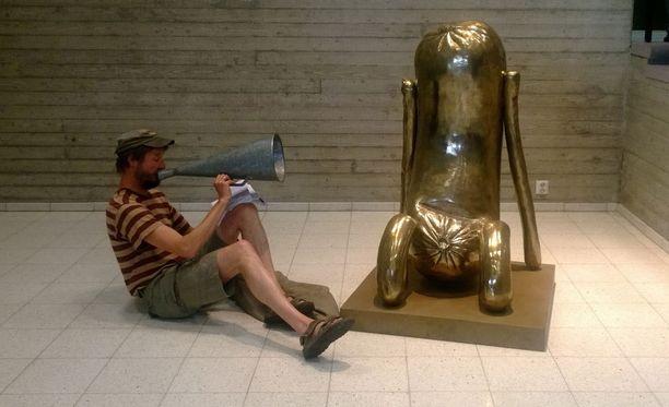 Taidemuseossa selvitellään mahdollista homeongelmaa.