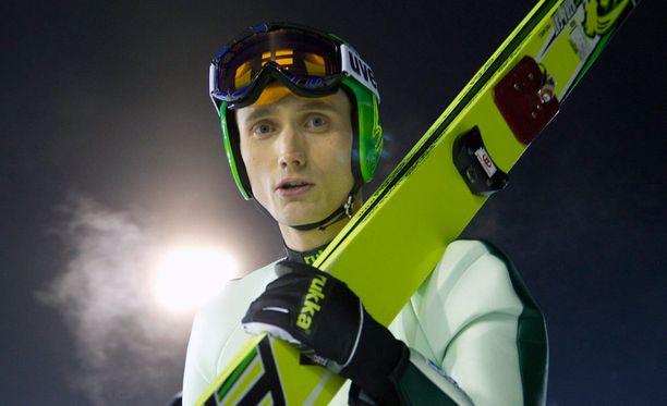 Hannu Manninen jätti takaportin auki MM-kotikisoille.