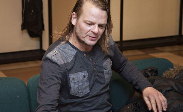 Marko Jantunen oli lokakuussa paikalla oikeudenkäynnissä. Tänään hänen ei tarvinnut olla.
